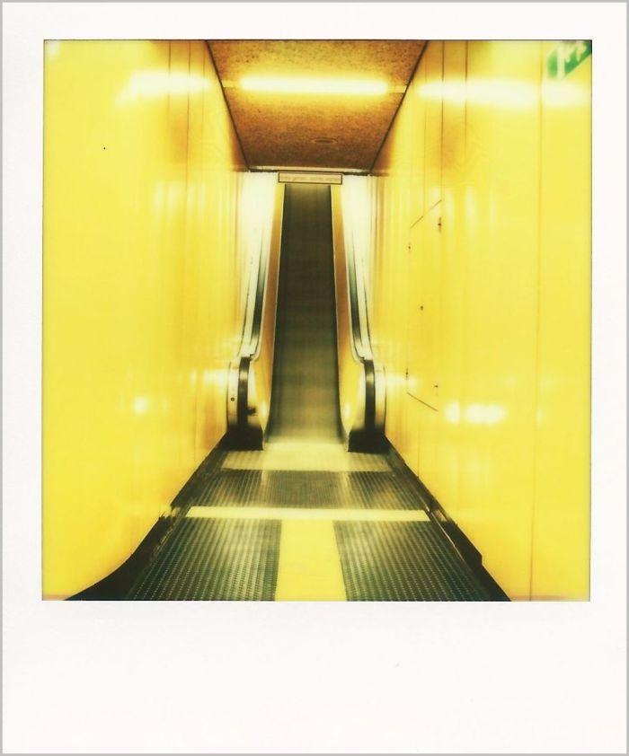 Rolltreppe B r